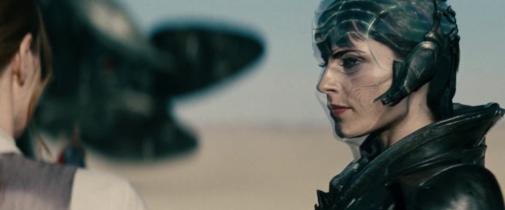 Antje_Traue_Faora_man_of_steel_(35)-1-