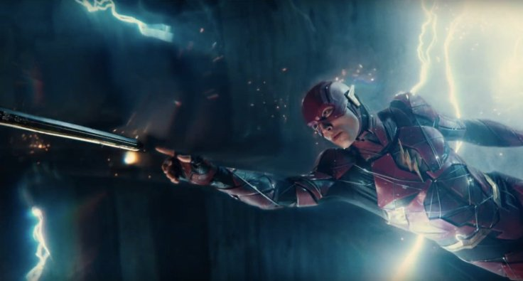 justiceleague-trailerbreakdown-flash-swordtouch